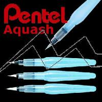 A Pincel Aquash Brush Pentel G
